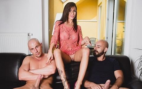 Hot Threesome In Praga With Priscilla Salerno La Sublime