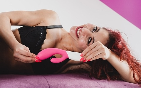 Inawave by Lelo with Dana Santo thumb 4
