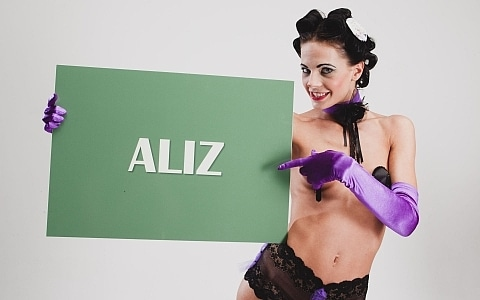 aliz xxx